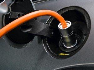 Вчені запропонували спосіб прискореної зарядки електрокарів