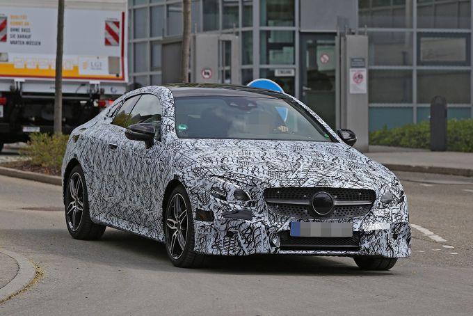 Mercedes показав новий