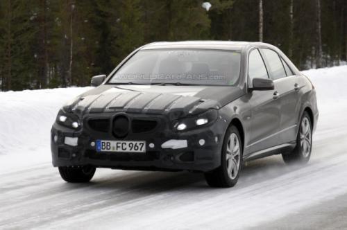 Mercedes-Benz E-класу отримав нову зовнішність