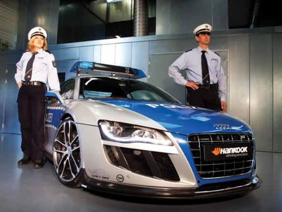 З Audi R8 зробили поліцейський суперкар