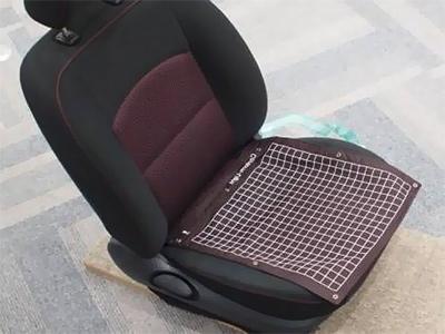 Японці придумали протиугонні крісла