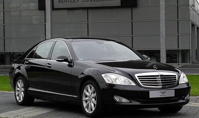 У кого з міністрів найдорожчий автомобіль?