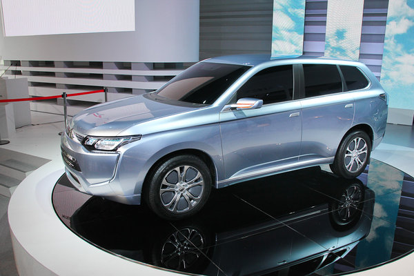 Новий Mitsubishi Outlander