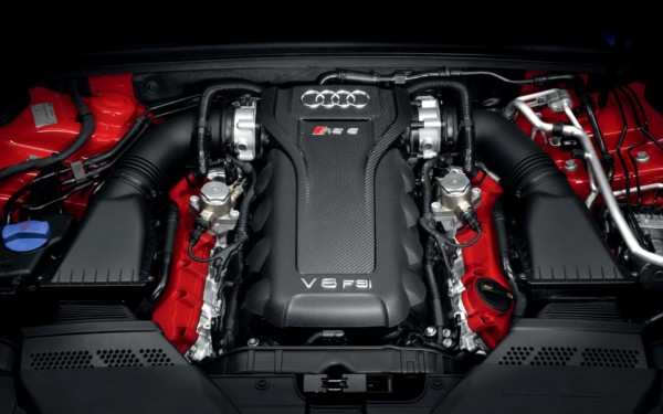 Audi відмовляється від моторів