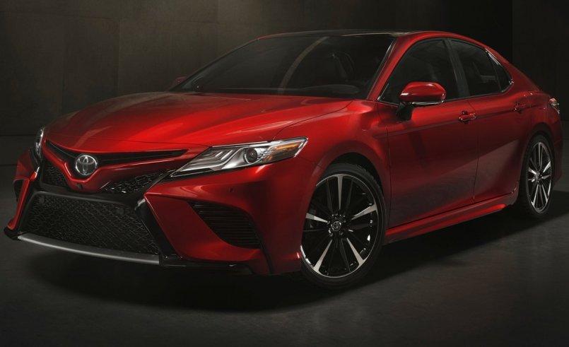 Седан Toyota Camry 2018 презентували офіційно