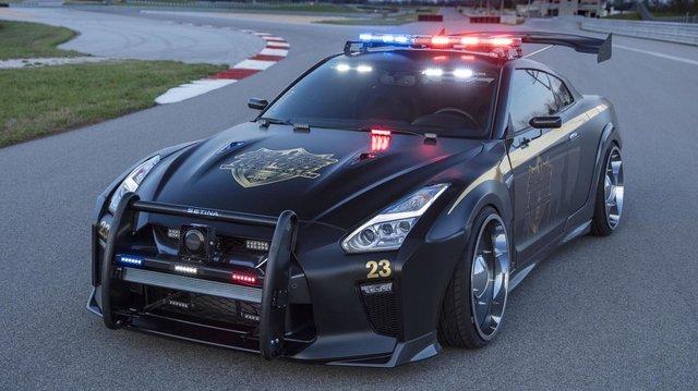 Для поліції розробили спеціальні спортивні автомобілі