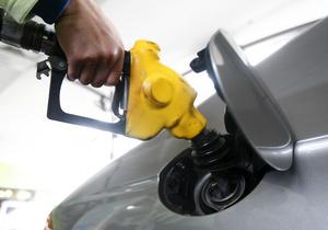 Бензин в Україні стане дорожчим і можливо кращим