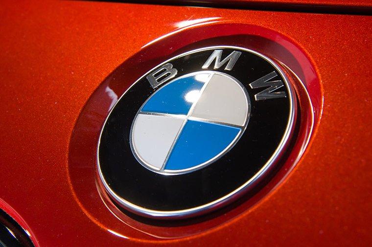 Електричний кросовер BMW i5: нова інформація