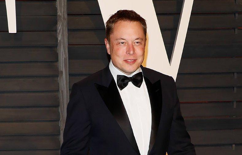Акціонери Tesla назвали зарплату Ілона Маска