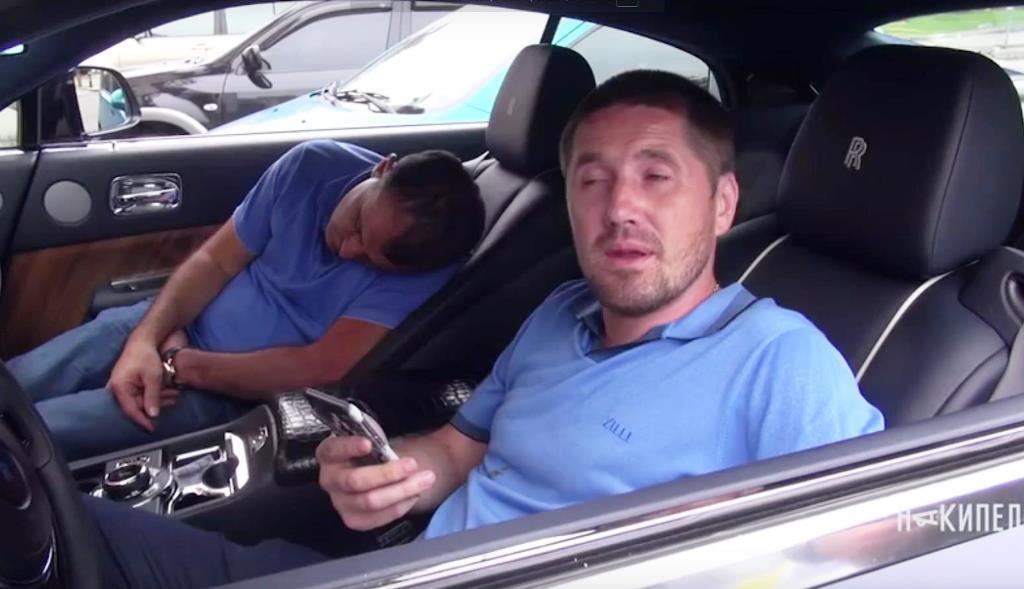 П'яний водій на Rolls-Royce
