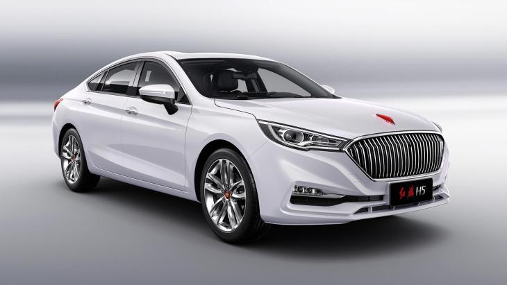 Представлений новий седан на базі Mazda 6