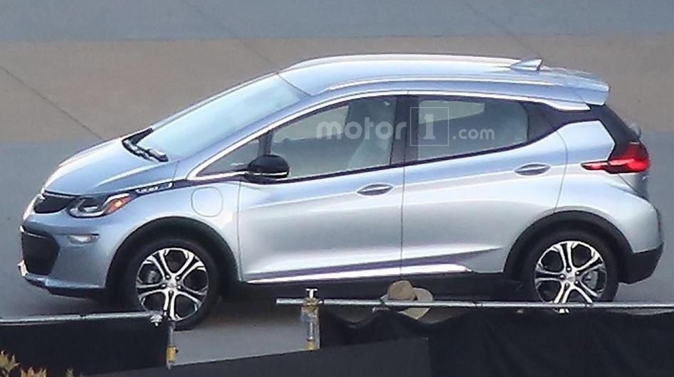 Електромобіль Chevrolet Bolt: перші