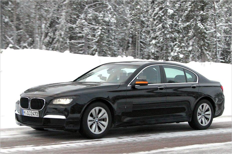 Оновлений BMW 7 серії варто чекати до кінця року 30 січня 2012