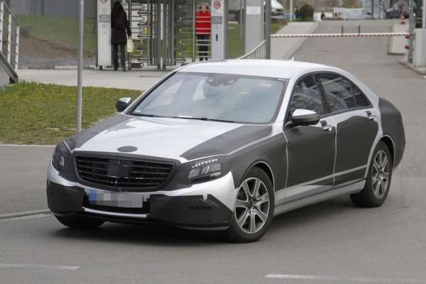 Mercedes випробовує новий S-клас