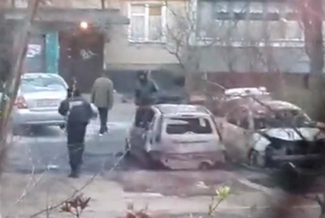 У Києві підірвано та спалено автомобілі
