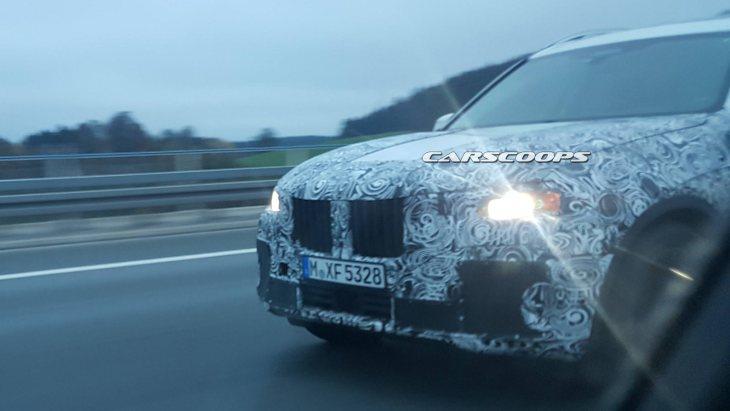 Серійний BMW X7 помічений на дорозі