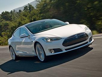 Tesla поділилася подробицями про електроседан Model S