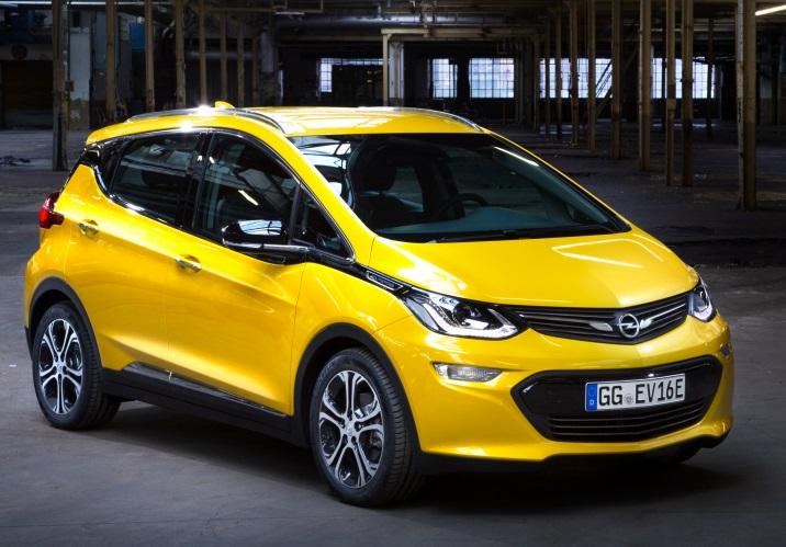 Нові автомобілі Opel переведуть на електромотори