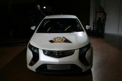 Opel Ampera визнаний «Автомобілем року 2012»