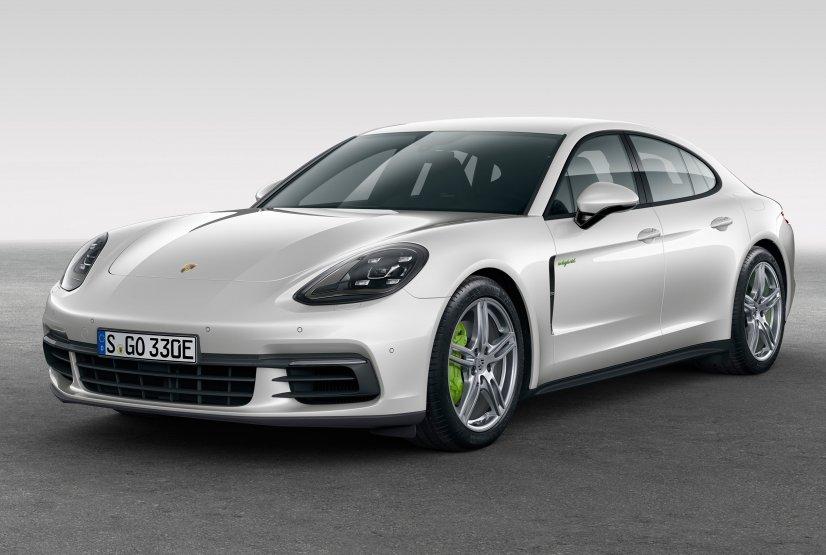 Porsche показала новий Panamera