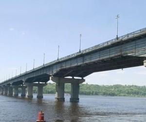 В Києві почнуть розвантажувати мости
