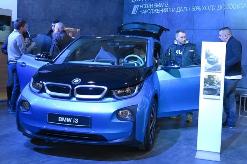 Нові електромобілі почнуть офіційно продавати в Україні