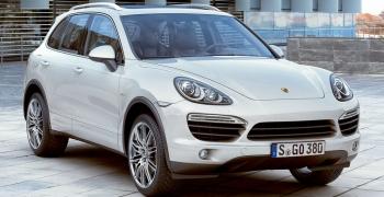 Porsche Cayenne S E-Hybrid покажуть в Парижі
