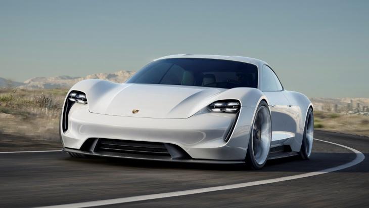Відома орієнтовна ціна електрокара Porsche Mission E