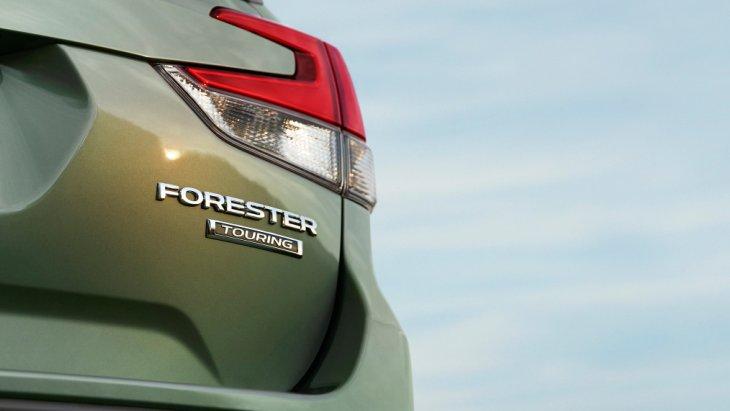 Subaru продовжує дражнити кросовером Forester нового покоління