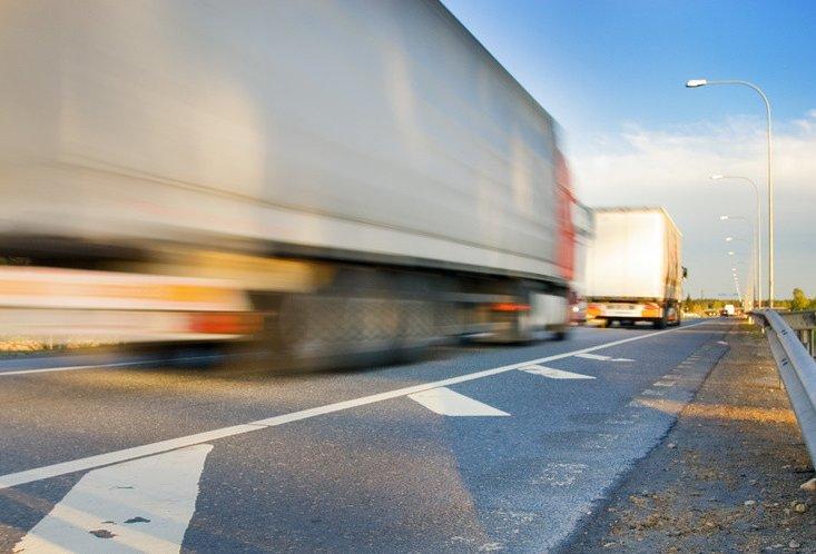 Плата за користування дорогами: хто? і за що?