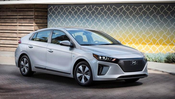 Озвучені ціни плагін-гібридної «пятідверки» Hyundai Ioniq PHEV