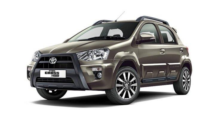 Toyota показала кросовер Etios Cross 2018