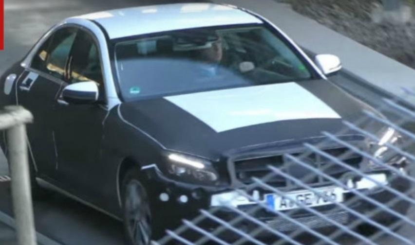 Mercedes-Benz C-Class 2018: перше відео та фото