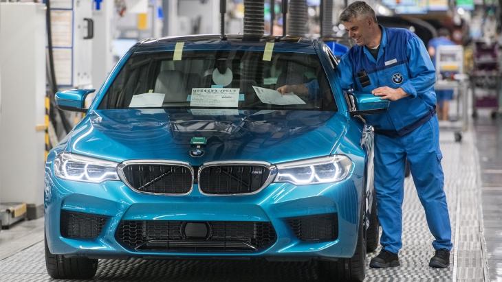 Новий BMW M5 офіційно став на конвеєр