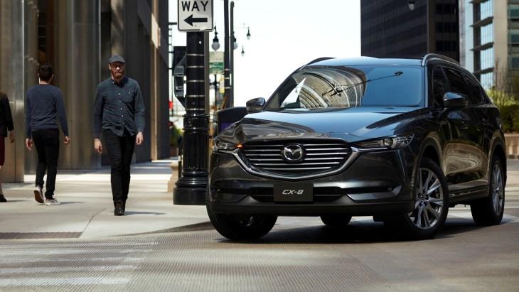 Новий кросовер Mazda CX-8: офіційна презентація