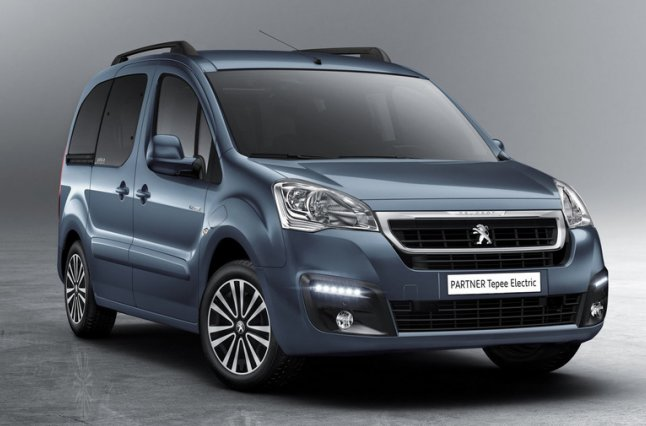 У Peugeot підготували електричний мінівен Partner Tepee Electric