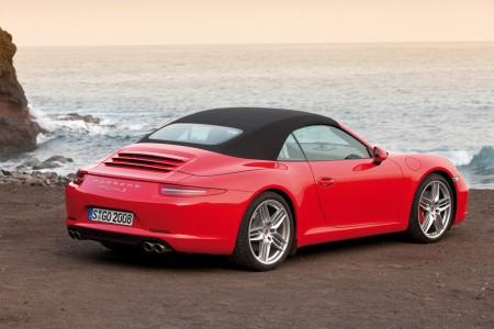 Новий кабріолет Porsche 911 з полегшеною дахом