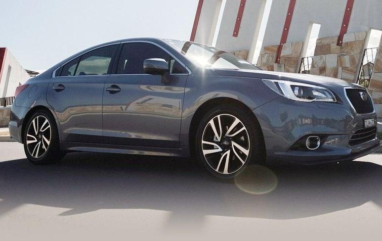 Subaru вивела на ринок новий седан