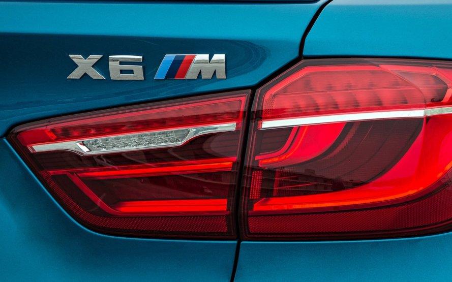 У BMW поділились планами щодо електромобілів