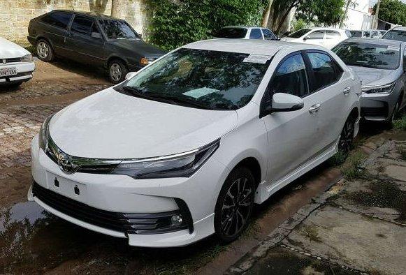 Журналісти змогли зафіксувати нову Toyota Corolla