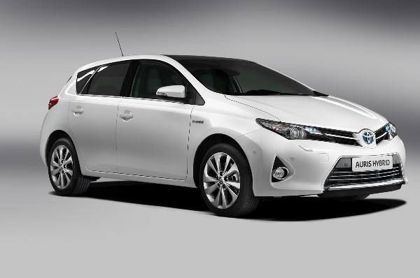 Нова Toyota Auris - офіційна інформація