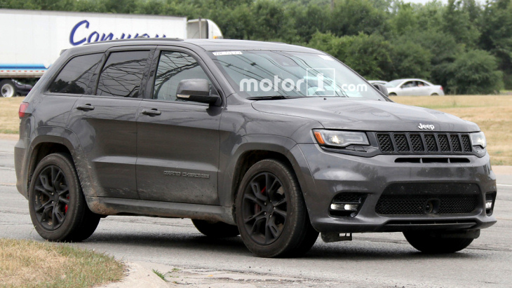 Новий Jeep Grand Cherokee покажуть найближчим часом