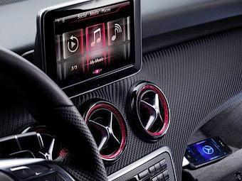 Нові фото салону Mercedes-Benz A-Class