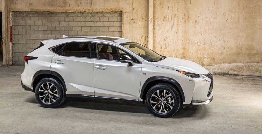 Lexus відмовляється від кросовера