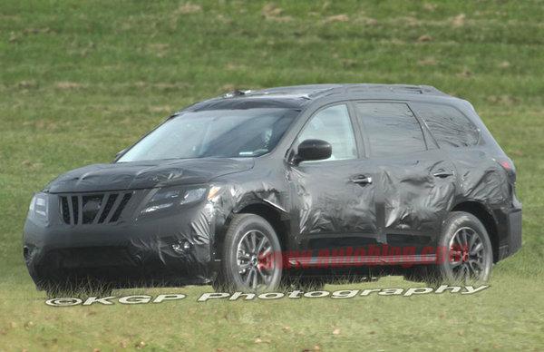 Автовиробник Nissan почав тести нового Pathfinder