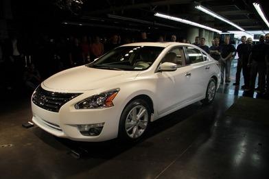 Nissan Teana 2013 пішов у серію