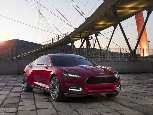 Ford планує оновити Mondeo в 2013 році