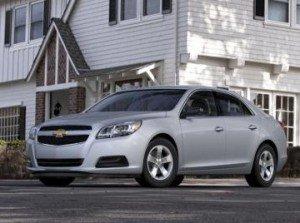 GM терміново оновлює седан Chevrolet Malibu нового покоління
