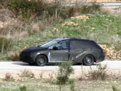 Шпигуни вперше сфотографували SEAT Leon ST