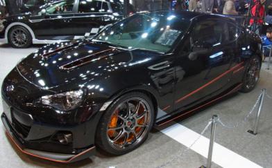 На автошоу в Токіо показали Subaru BRZ Black Edition